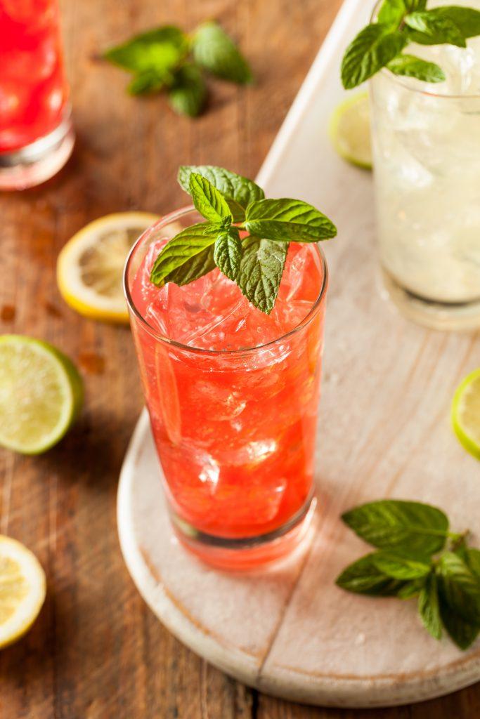 Italian summer amaretto drinkki