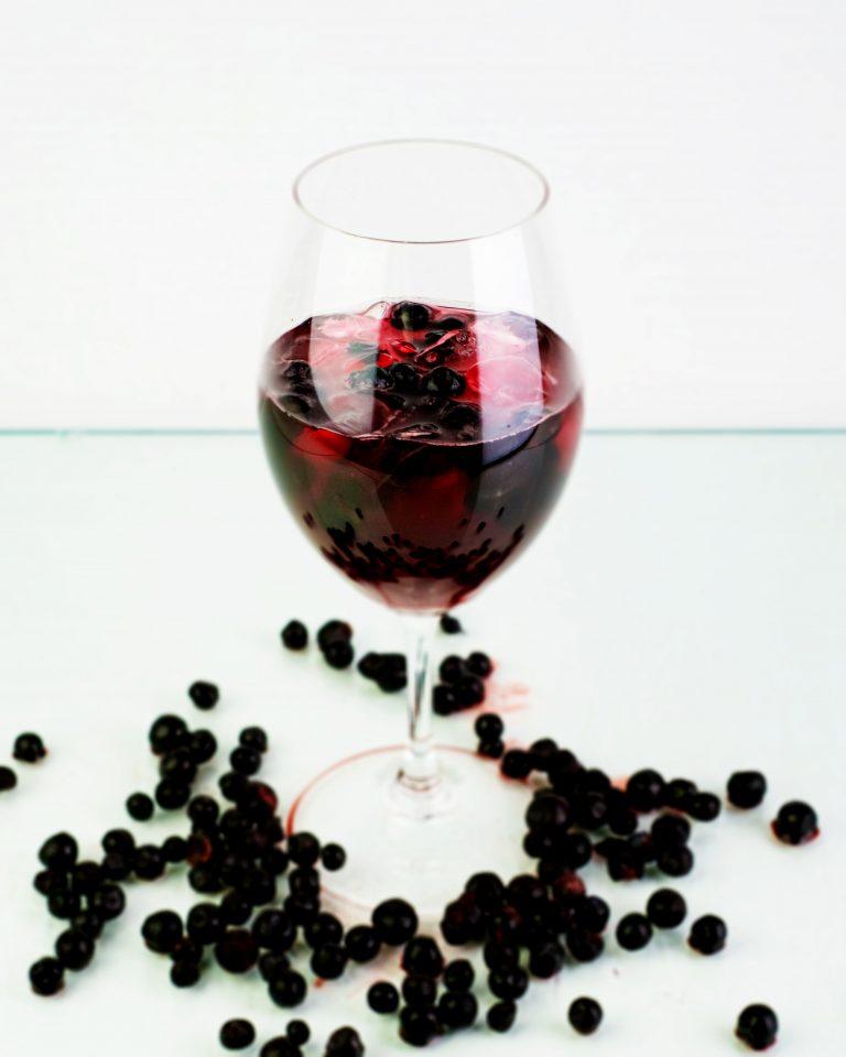 Exclusive Blueberry -kuohuviinidrinkki